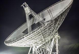 Effelsberg 100-metre Radio Telescope.
