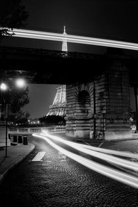 Tour Eiffel - Bir Hakeim