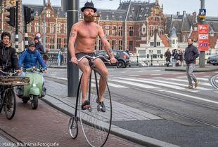 Biciclist in Amsterdam