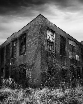 Abandoned#001