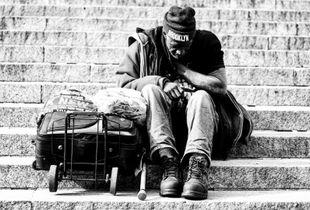 La soledad de la calle.