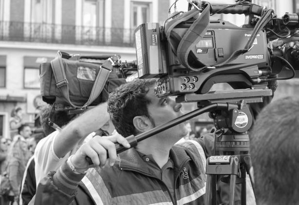 Camera.. action..