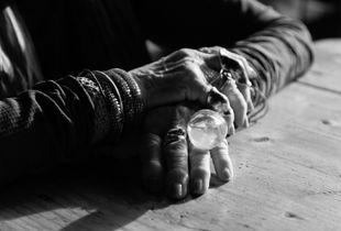 Lisl's hands, 2018