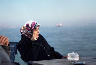 Women looking at the see, Marmara see, Istanbul