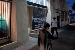 Illusiones, Los Angeles, California.