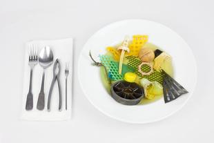 Sopa de Marisco (Seafood in a Clear Saffron Broth)