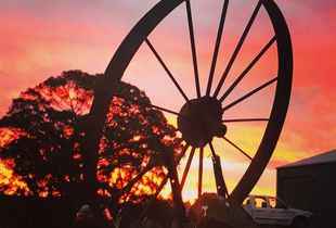 """""""La Ruota che ILLumina  Un Tramonto e Ti Parla """"  """"The Wheel That Lights Up a Sunset and Speaks to You """"  I look at this sunset through  this wheel that once it would have been in motion during many sunsets, whilst working in fields."""