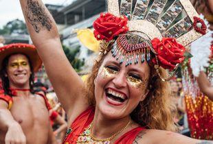 Welcome to Rio de Janeiro's non-official Street Carnival!