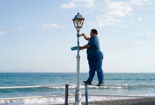 Painter (Walking on water)