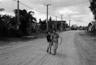 Kids in Kampot
