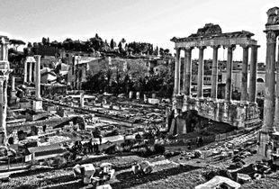Street photography en ancient Rome.