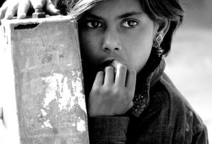 Lost in thought in the streets of Jaipur
