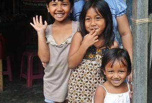 Girls in Bali