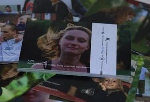 Photographic portrait of a human in a postcard (designed by me from Fotografia Obywatelska project)