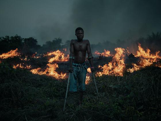 Umaru Sandi - The Flying Stars of Sierra Leone