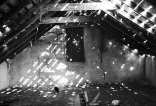 Seeping Light