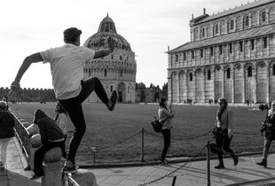 Dancing under the Leaning Tower 1