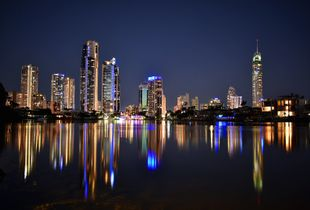 The reflection of the Surfers Paradise skyline is one not to be missed.
