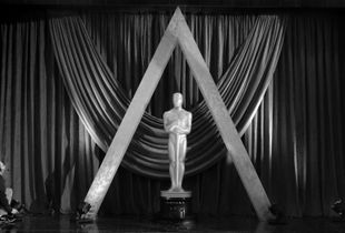 Lighting final touches - Oscars 2017
