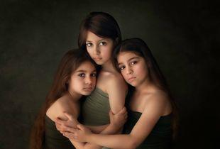 Sisters Bond