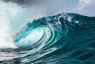 Swell in Bora Bora