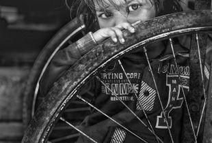 Girl in tire Varanasi