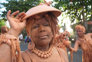 Woman of Clay, Guadeloupe