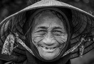 Vietnam Fruit Lady