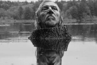 Fosters Pond, 2013 © Arno Rafael Minkkinen, Galerie Arcturus