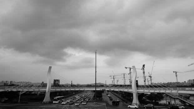 Symmetry of the Bridge - Monotone