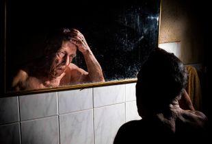 El hombre del espejo