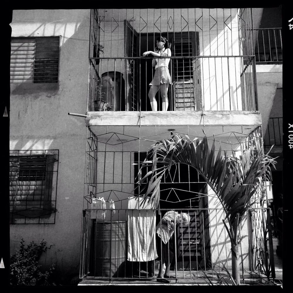 Black And White Photography With Iphone >> Iphone Street Photography From Cuba Photographs And Text By Ilknur