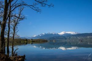 Τhe serenity, the surface smoothness, and the freshness of a lake—H deBalzac