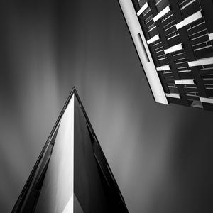 Angles of Light III - Hyllie Statlion
