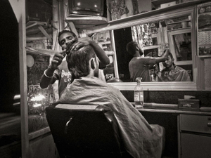 Night time barbershop, Naxal