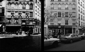 2 place du Caire,  entrée du passage du Caire, 1907-08, © Eugene Atget. 2 place du Caire, entrée du passage du Caire, 1998, © Christopher Rauschenberg.
