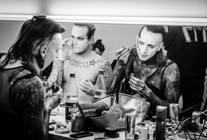 Lord of the Lost Backstage - Stage make up