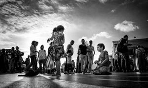 Immigrant children dancers