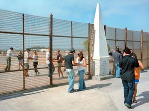 Cross Border Dance, Tijuana- San Ysidro