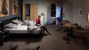 Hotel Room scene 9
