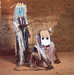 Ghost and Bull, Dodo Masquerade, Bobo-Dioulasso, Burkina Faso, 2009 © Phyllis Galembo. Courtesy Alex Daniëls, Reflex