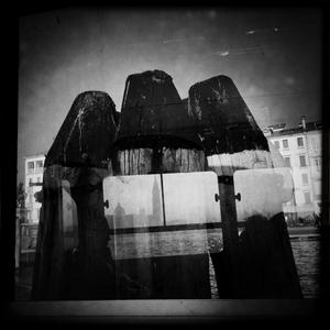 Three fingers - Venice