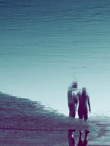 C'est alors qu'au passage de chaque marée