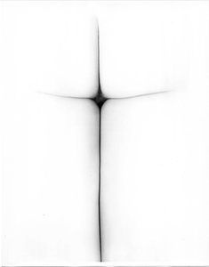 In hoc signo vinces [in this sign you will conquer], 1967. Gelatin silver print. Vintage print. Private collection, Switzerland © The Estate of Erwin Blumenfeld
