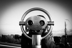 Binocular eye