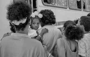 Busstop, Cuba, Santiago de Cuba, Kuba,  January 1996