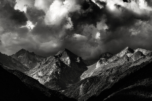 Storm clouds over Artiga de Lin