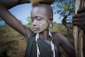 Her name is Amargo (Mursi tribe)