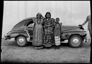 Untitled, 1954 © Seydou Keïta / SKPEAC / courtesy CAAC - The Pigozzi Collection, Geneva