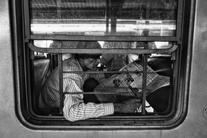 IMPRESSIONS AT THE OLD DELHI RAILWAY STATION 4